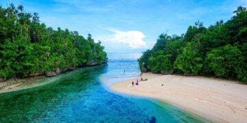6 Tempat Wisata Anti Mainstream Yang Perlu Dikunjungi di Indonesia 14