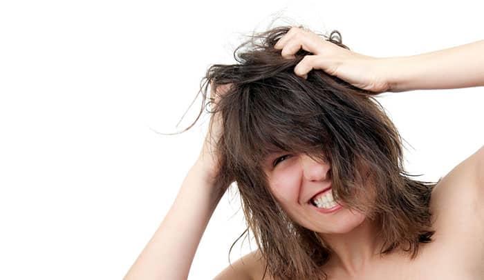 5 Cara Untuk Mengatasi Rambut Lepek & Berminyak 4