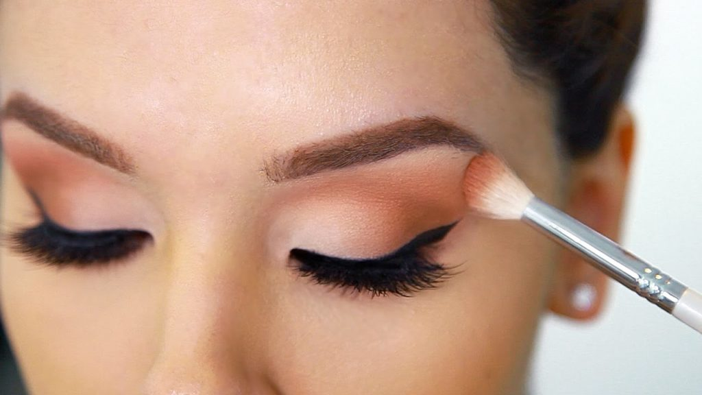 6 Tips Menggunakan Lipstik Nude Agar Tidak Terlihat Pucat 5