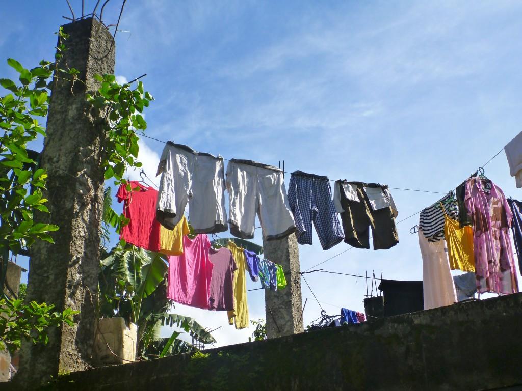 5 Trik Agar Pakaian Cepat Kering Saat Musim Hujan 6