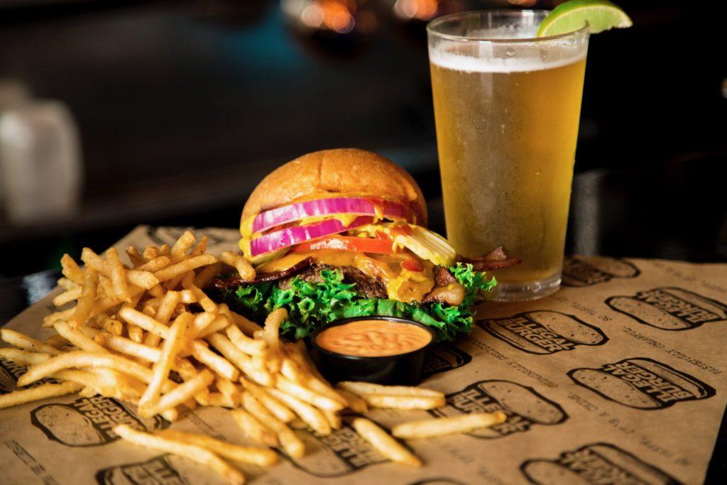 6 Burger Lezat Dari Berbagai Negara Yang Wajib Kamu Coba 6