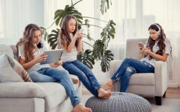 Anak Kecanduan Gadget? Simak 5 Tips Mengatasi Anak Kecanduan Gadget 11