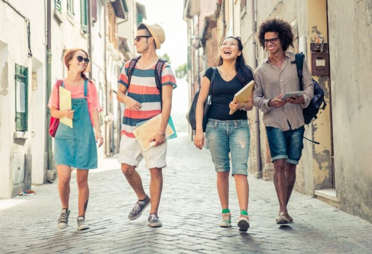 7 Manfaat Positif Yang Bisa Diperoleh Hanya dengan Berjalan Kaki 1