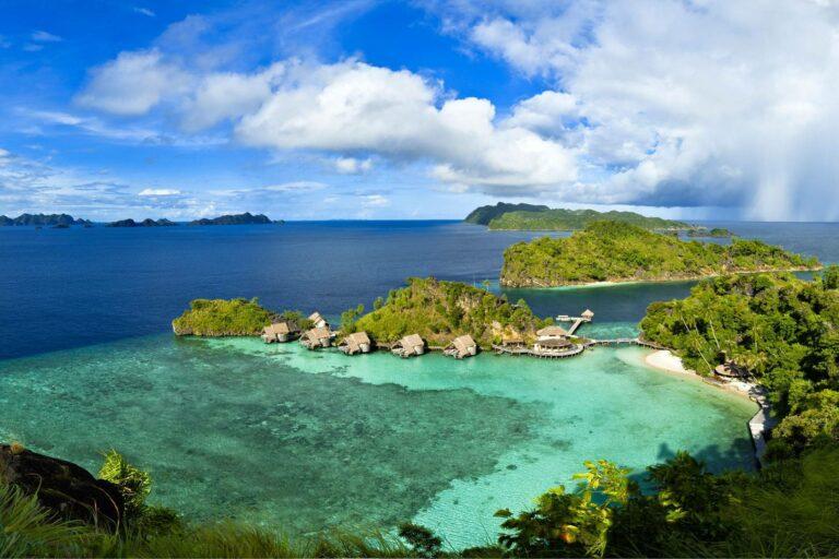7 Pulau Di Indonesia Yang Keindahannya Tak Kalah Dari Maldives 1