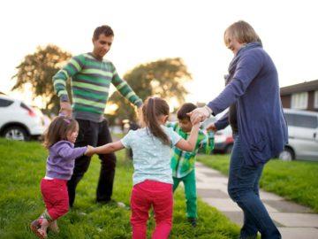 5 Manfaat Mengajak Anak Bermain Diluar 10