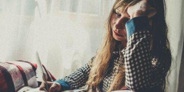7 Gejala Yang Harus Kamu Ketahui, Saat Mengalami Stres Berat 6
