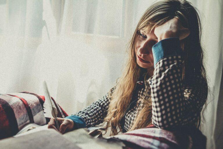 7 Gejala Yang Harus Kamu Ketahui, Saat Mengalami Stres Berat 1