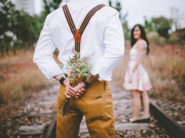 Selain Mawar, Ini 5 Bunga Untuk Ungkapkan Cinta Pada Pasangan 5