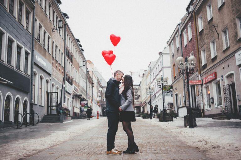 6 Hal Dari Pria, Yang Bisa Bikin Wanita Jatuh Hati 1