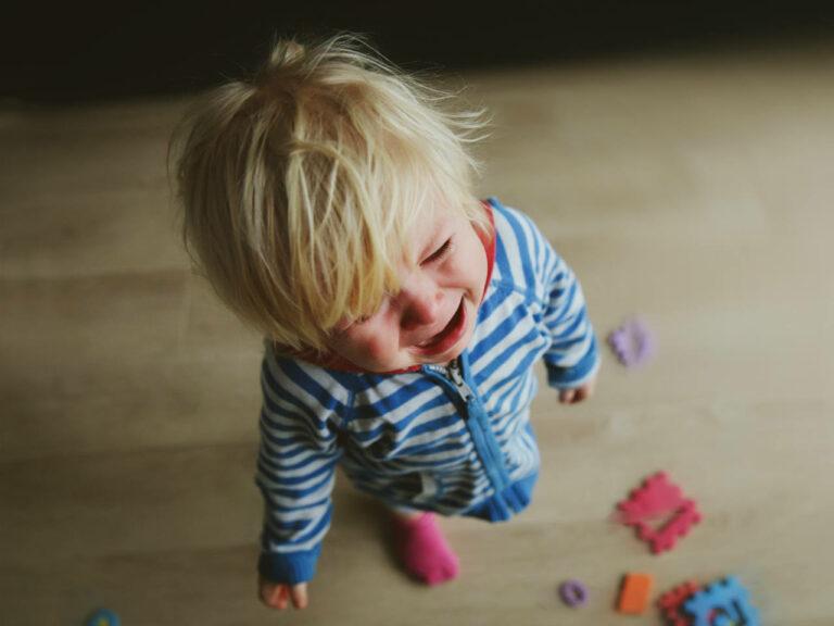 5 Tips Mengatasi Anak Yang Sedang Tantrum 1