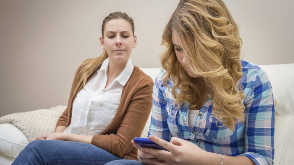 5 Tips Anak Aman Bermain Media Sosial 4