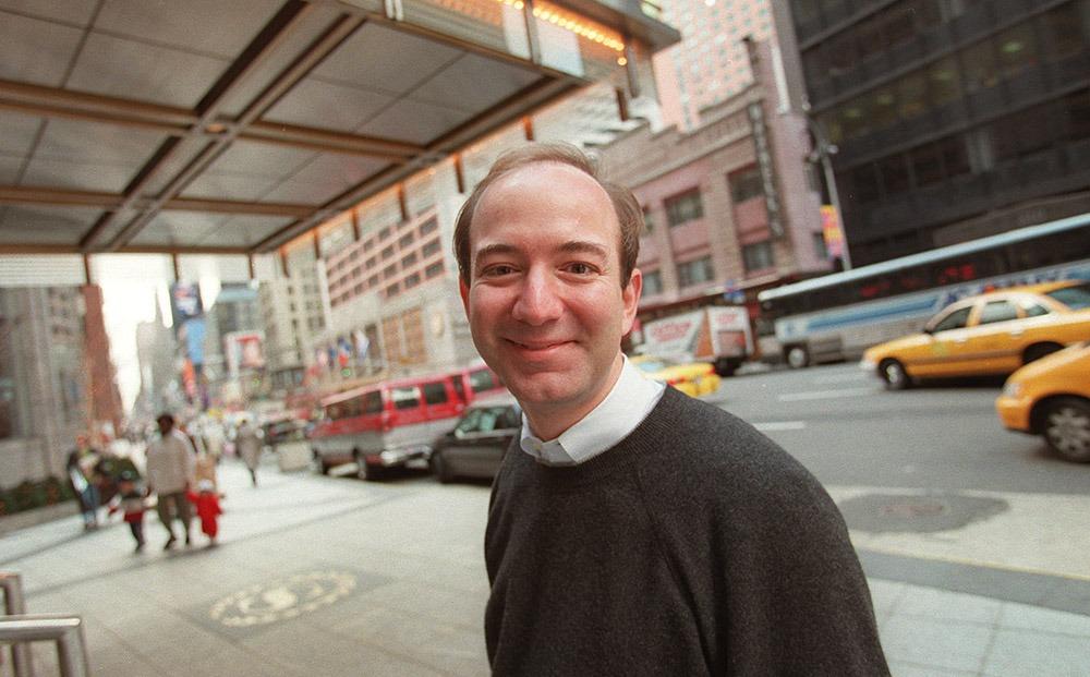 Jeff-Bezos-wallstreet