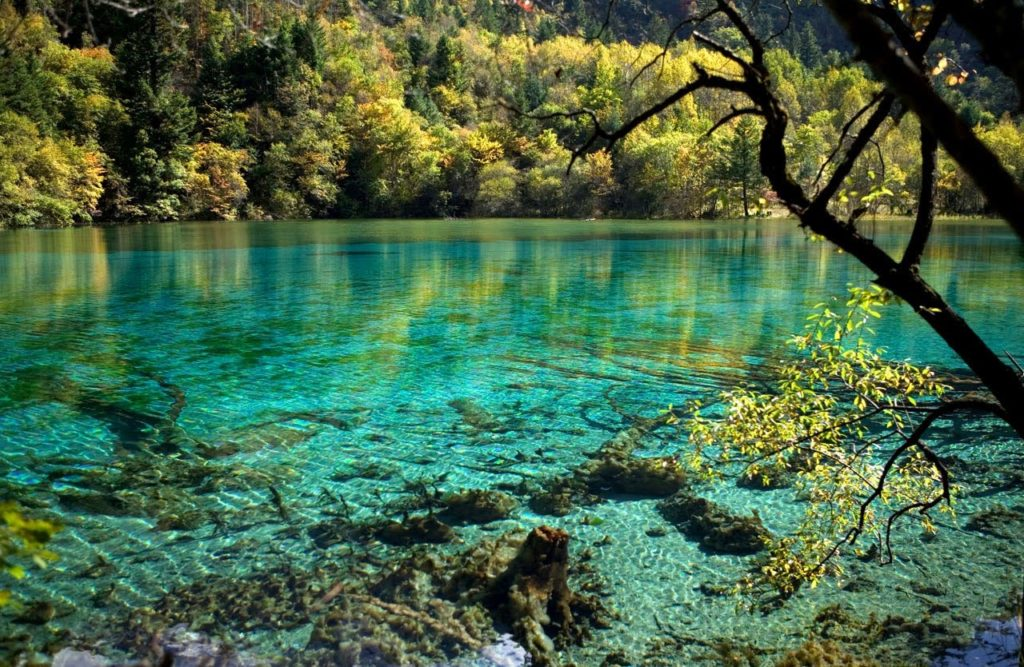 50 Pemandangan Alam Indonesia yang Wajib Traveler Samperin 29