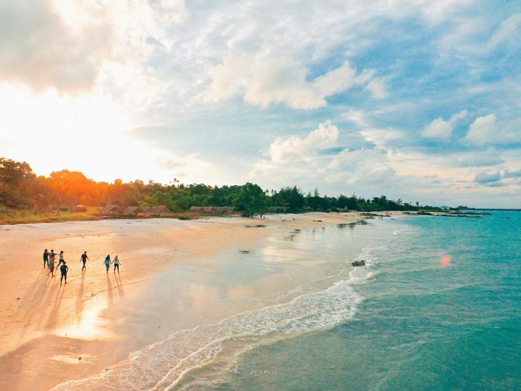 50 Pemandangan Alam Indonesia yang Wajib Traveler Samperin 33