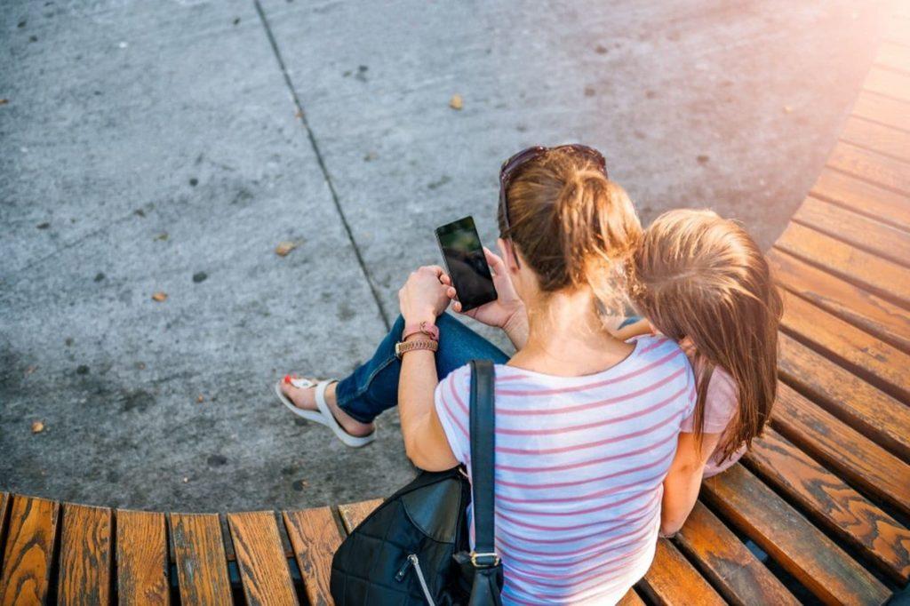 5 Tips Anak Aman Bermain Media Sosial 5
