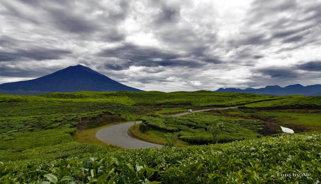 50 Pemandangan Alam Indonesia yang Wajib Traveler Samperin 36