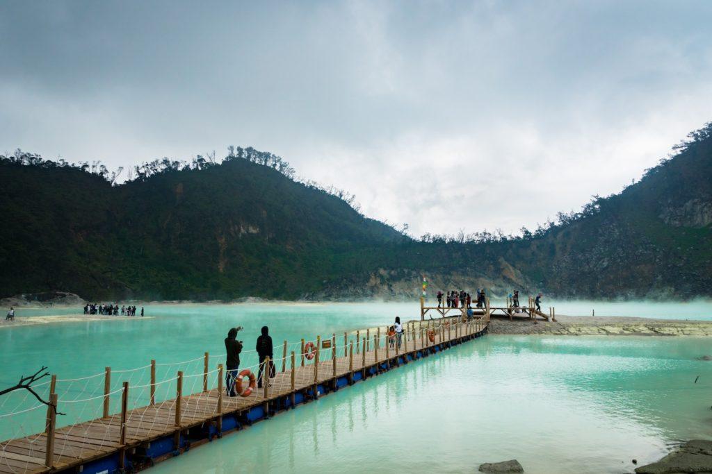 50 Pemandangan Alam Indonesia yang Wajib Traveler Samperin 47