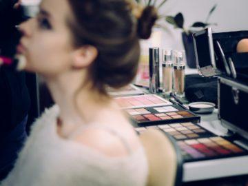 5 Alat Make Up Dasar Bagi Pemula, Mana Yang Sudah Kamu Miliki ? 14