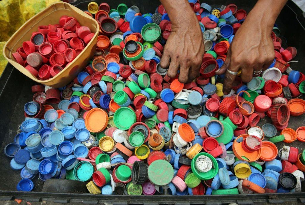 Sampah Menumpuk ? Kelola Sampah Dengan Baik & Ikuti 5 Tips Berikut Ini 5