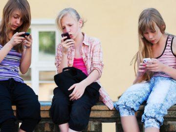 5 Tips Anak Aman Bermain Media Sosial 6