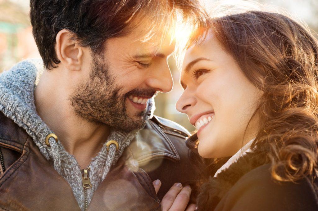 7 Kunci Menjaga Hubungan Sehat & Harmonis Dengan Pasangan 8
