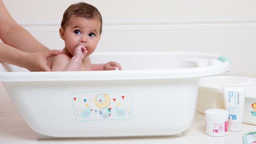 5 Tips Merawat Kulit Bayi Yang Sensitif 3