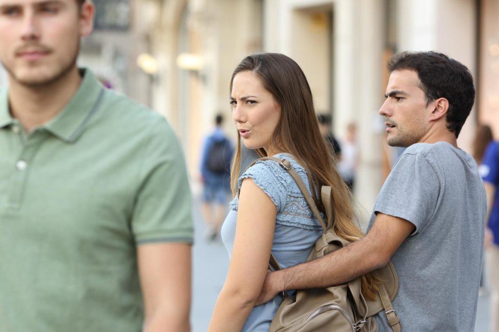 8 Perilaku Ini, Bisa Bikin Hubungan Kamu dan Pasangan Tidak Harmonis 4