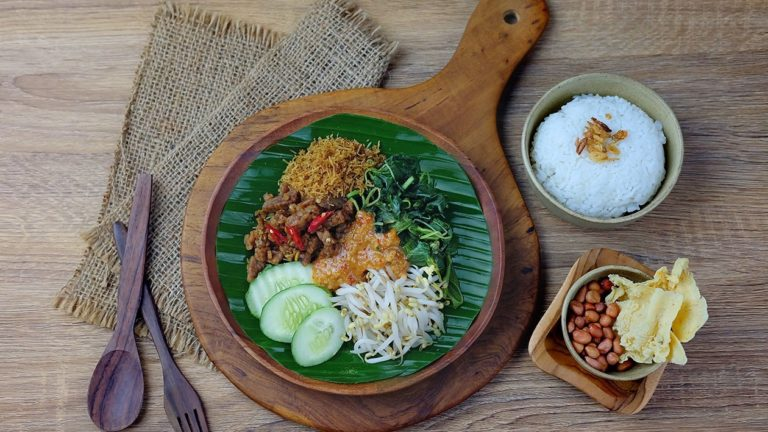 6 Kuliner Khas Indonesia Yang Cocok dijadikan Menu Sarapan 1