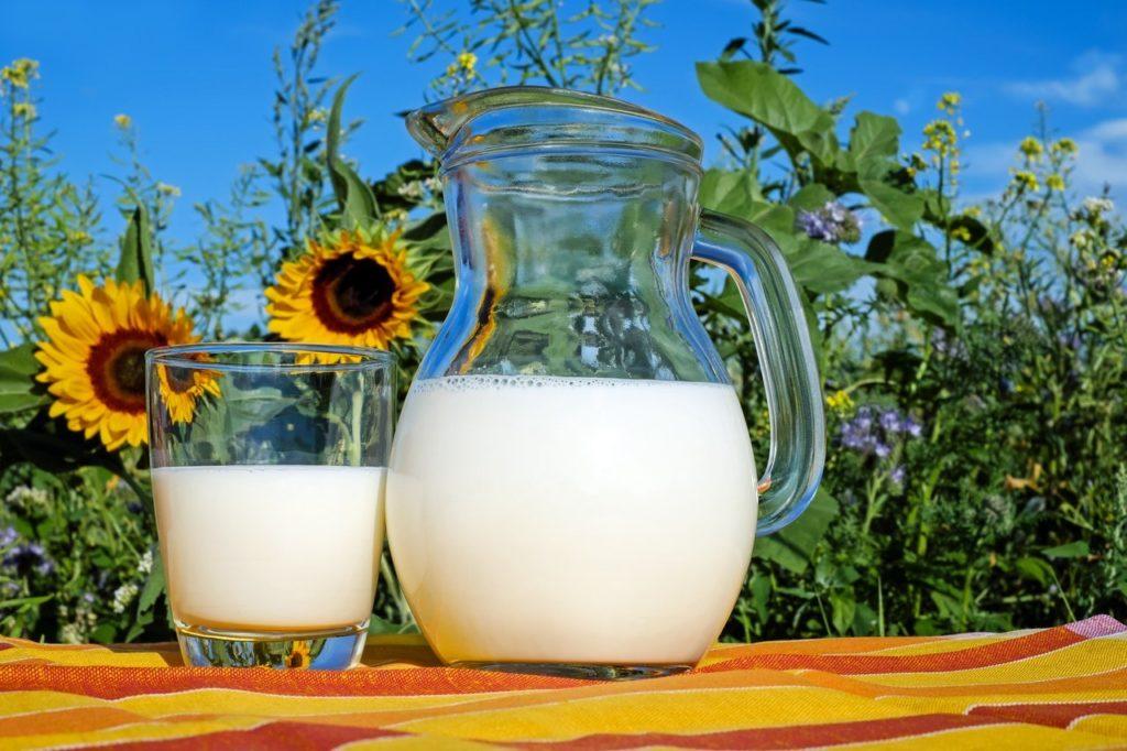 7 Cara Manfaatkan Susu Untuk Kecantikan 7