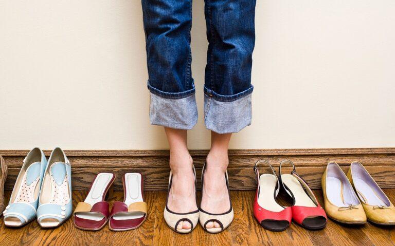 Beli sepatu online tapi kekecilan? Kamu bisa mengatasinya dengan 5 tips ini 1