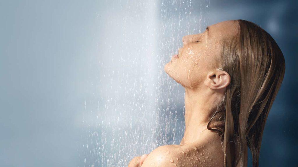 5 Tips Mencegah Sakit Akibat Kehujanan 4