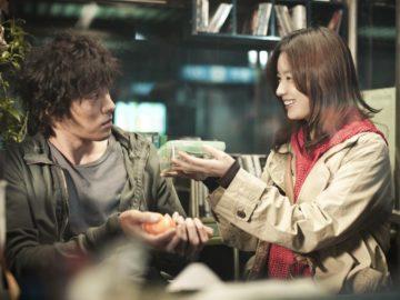 Awas 5 Film Korea Romantis Ini, Bisa Bikin Kamu Baper 10
