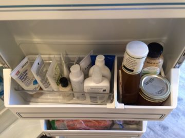 7 Manfaat Menyimpan Kosmetik Dalam Kulkas 6