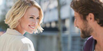 9 Tips Jitu Curi Perhatian Cowok, Bagi Cewek Jomblo 14