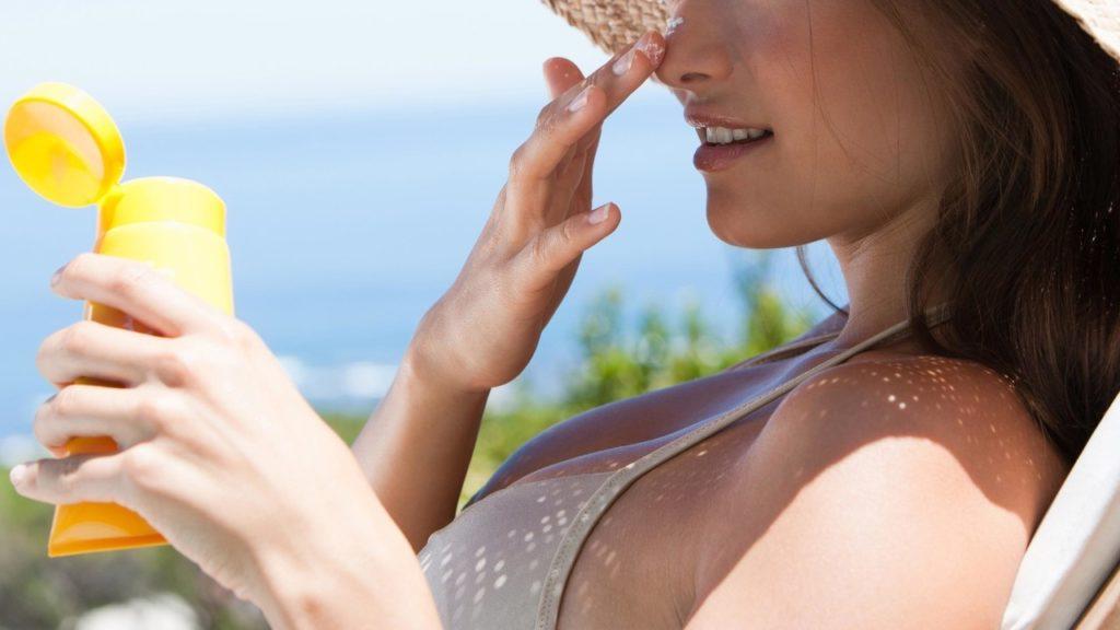 6 Tips Agar Kulitmu Tetap Terjaga Saat Berlibur Ke Pantai 3