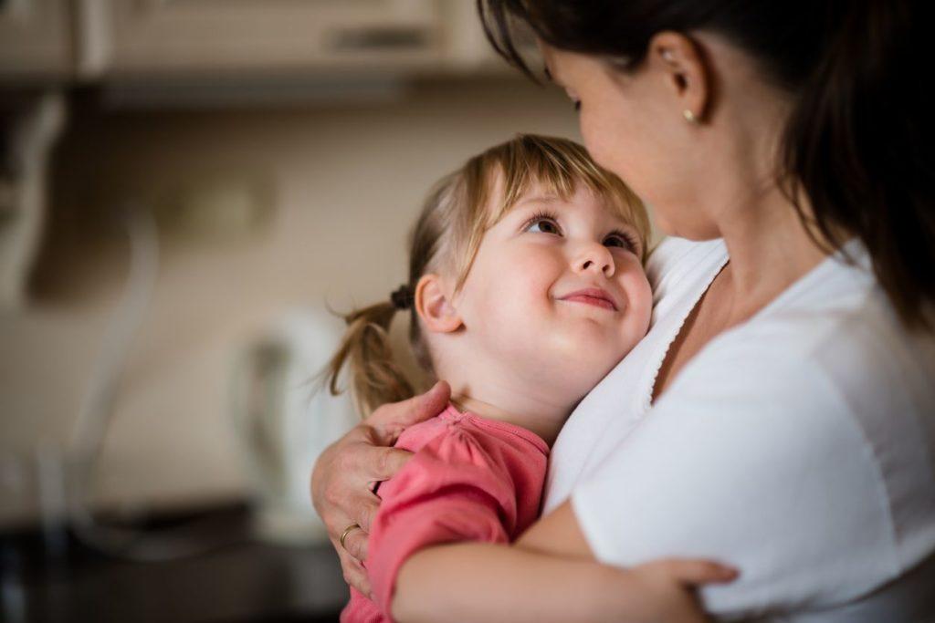 5 Tips Tenangkan Anak Saat Menangis Hingga Menjerit 4