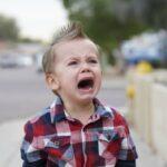 5 Tips Tenangkan Anak Saat Menangis Hingga Menjerit 28