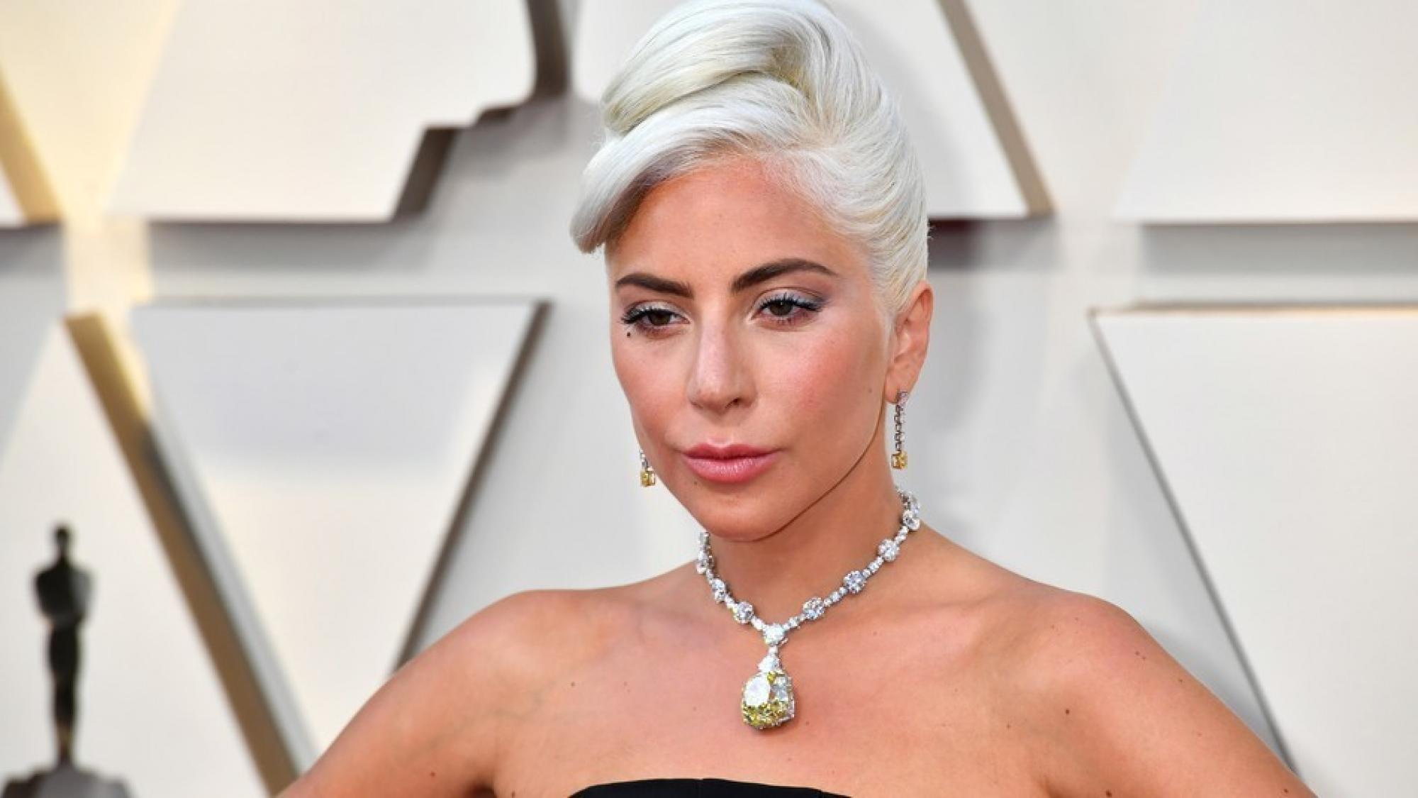 Mengejutkan, Lady Gaga Mengkonfirmasi Telah Putus Dari Tunangannya 3