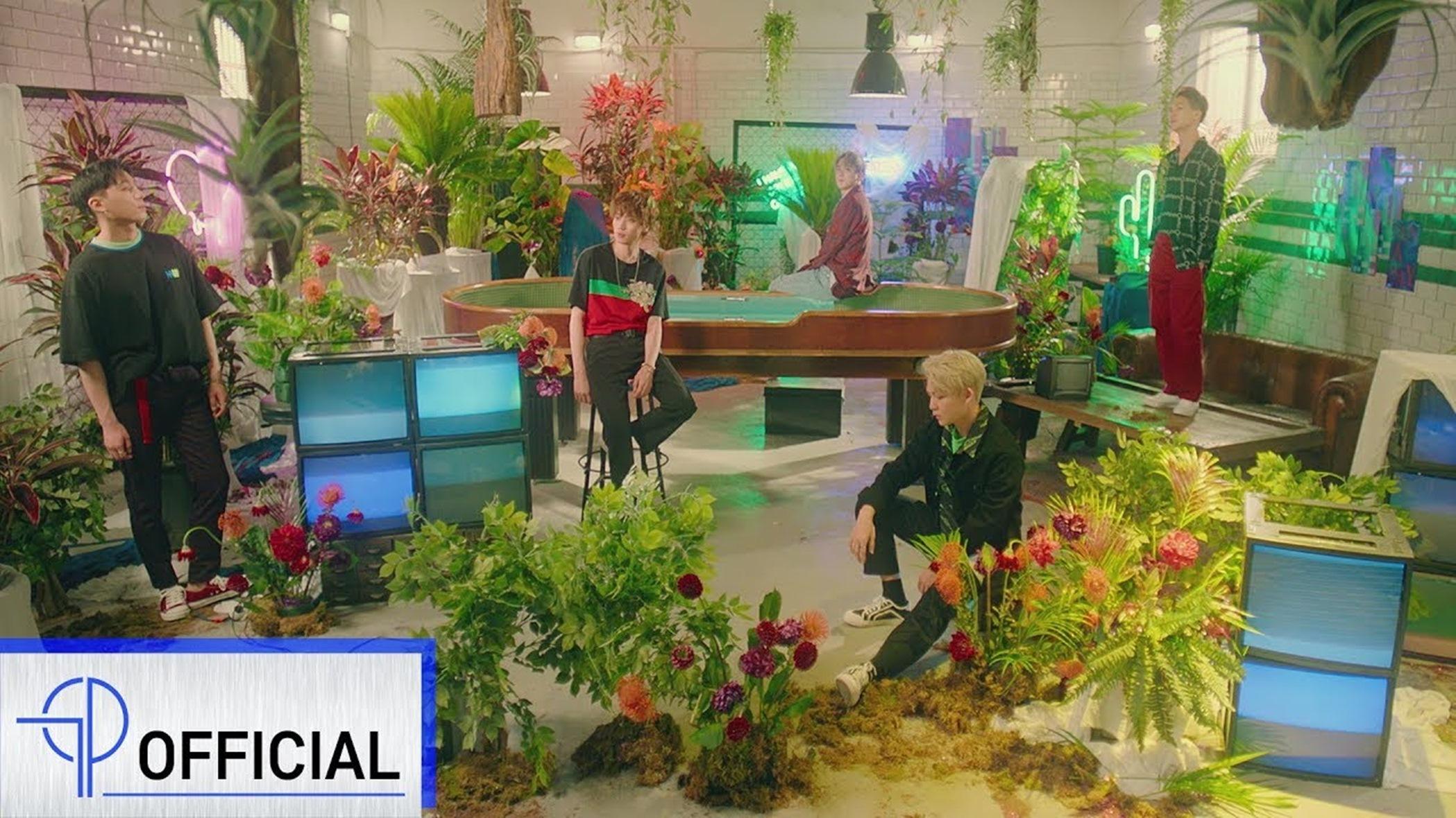 10 Lagu K-Pop Yang Siap Menemani Liburan Musim Panasmu 6