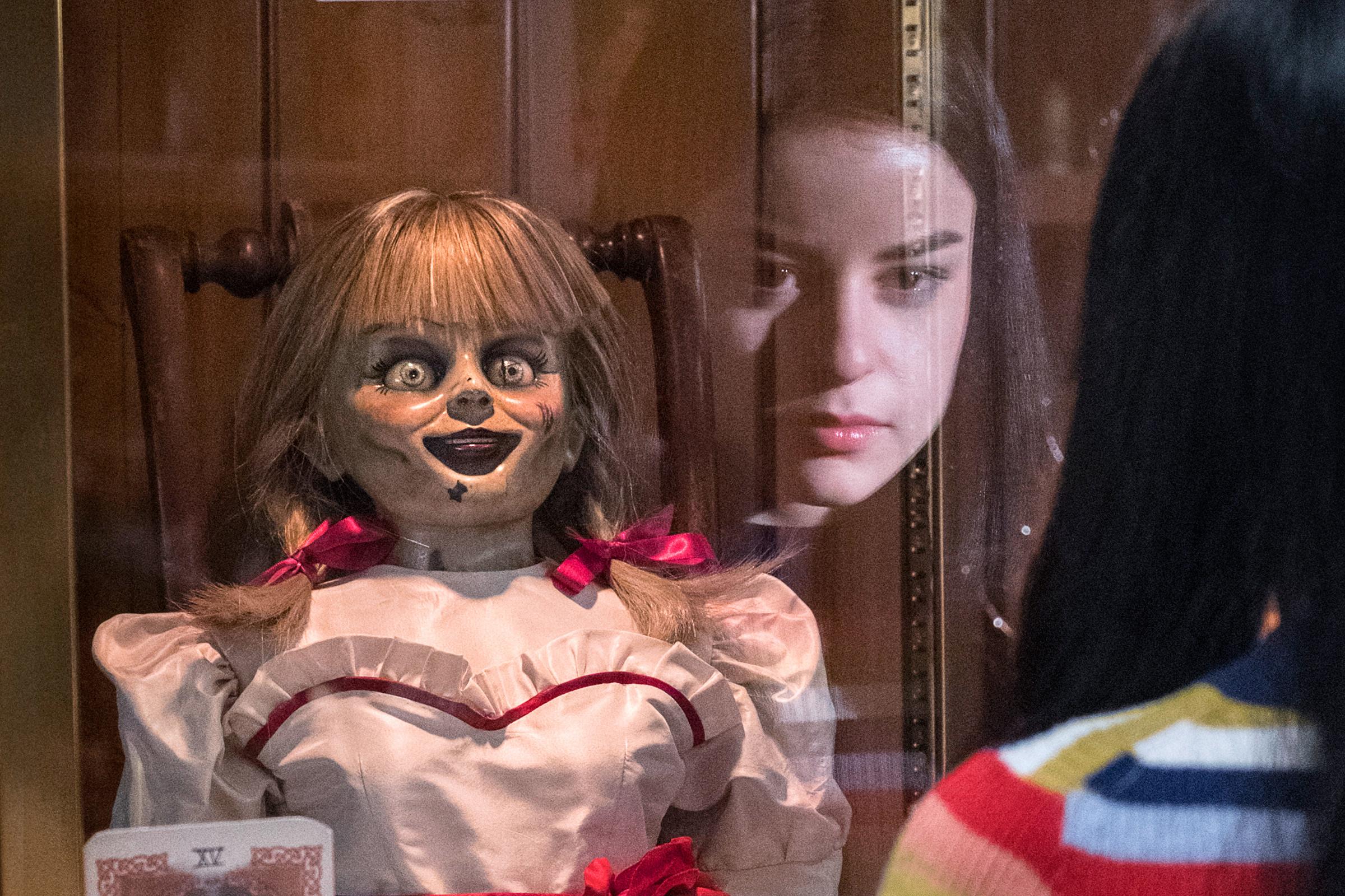 Menyeramkan, Ada Kejadian Aneh di Balik Film Annabelle Comes Home 3