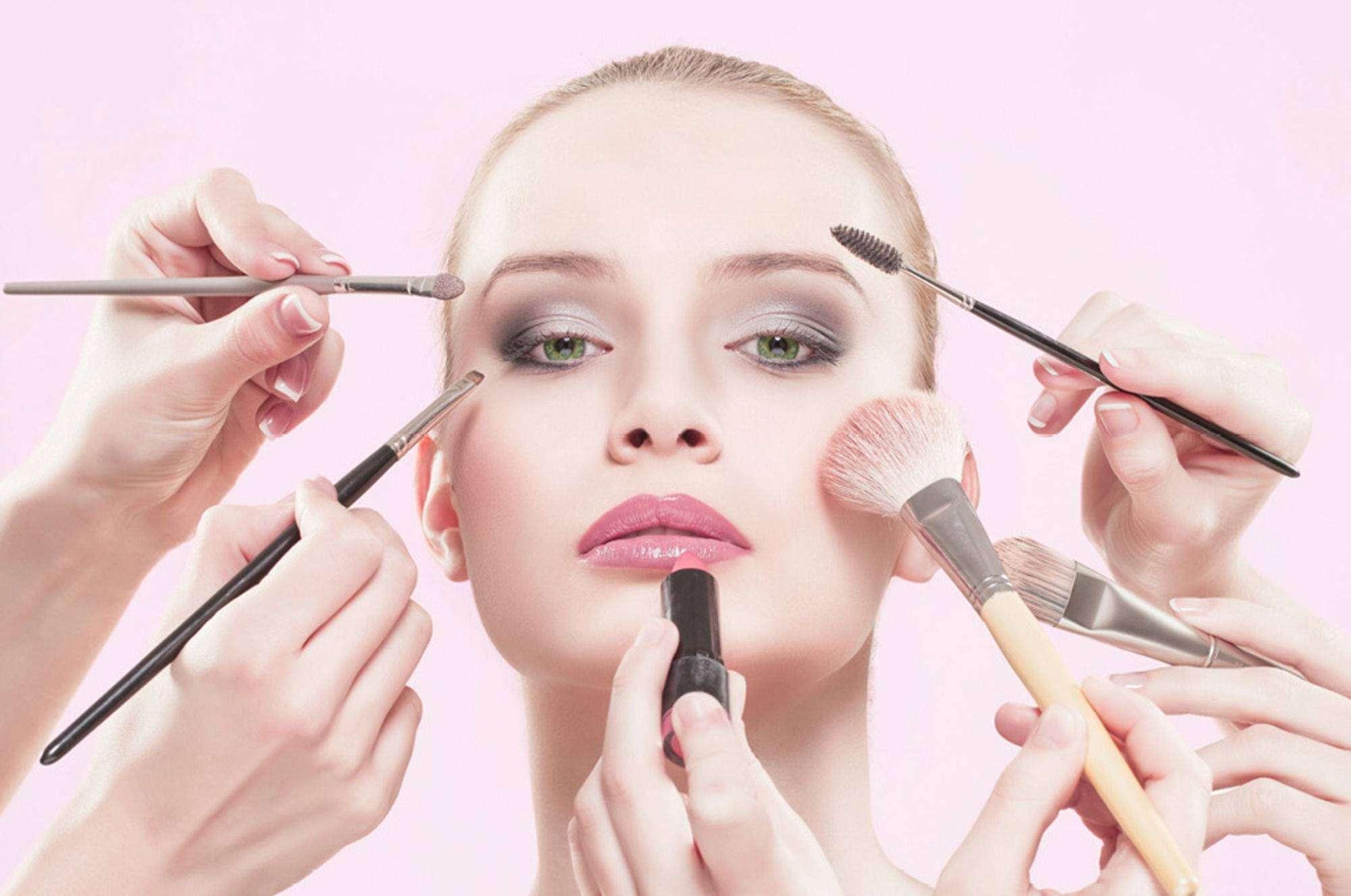 5 Trik Tampil Cantik Natural Dengan Makeup Flawless di Hari Lebaran 4