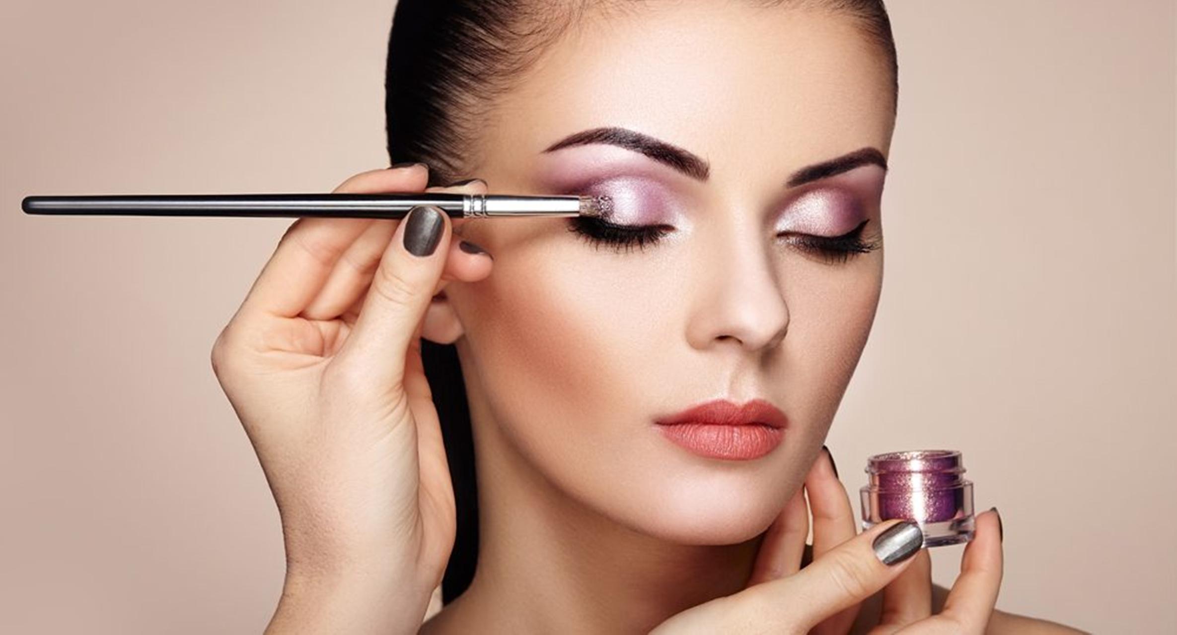 5 Trik Tampil Cantik Natural Dengan Makeup Flawless di Hari Lebaran 3