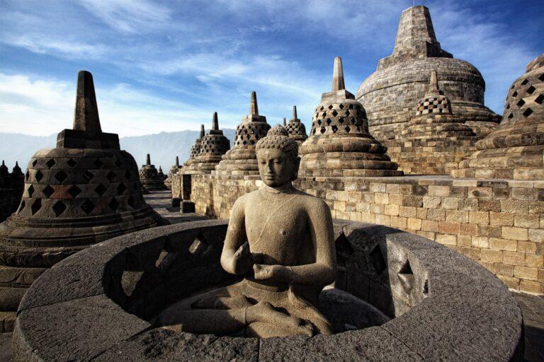 Ternyata, Para Wisatawan Hanya Tahunya Candi Borobudur itu Berada di Yogyakarta 1