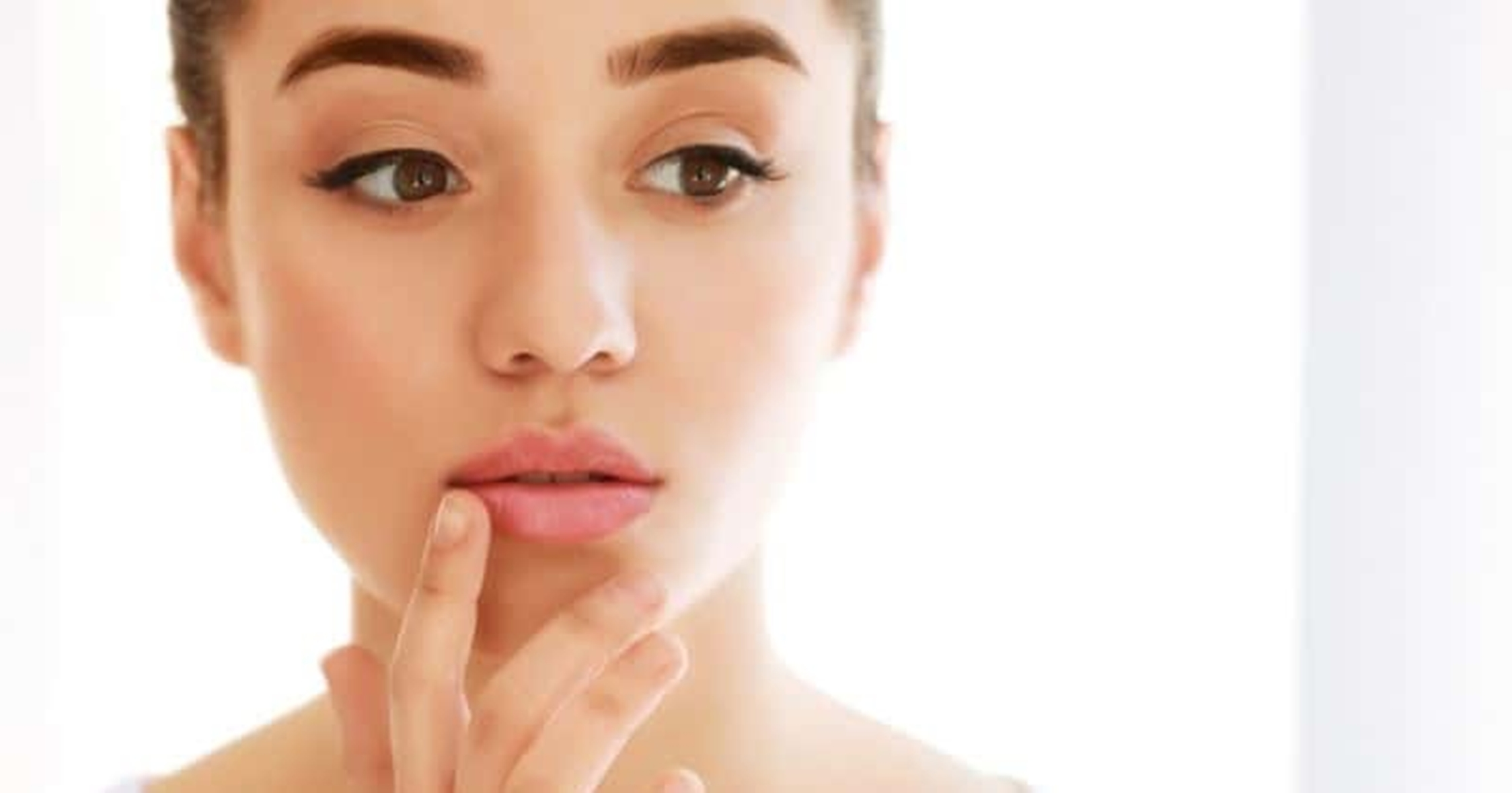 5 Cara Ampuh Menghilangkan Warna Bibir Hitam 3
