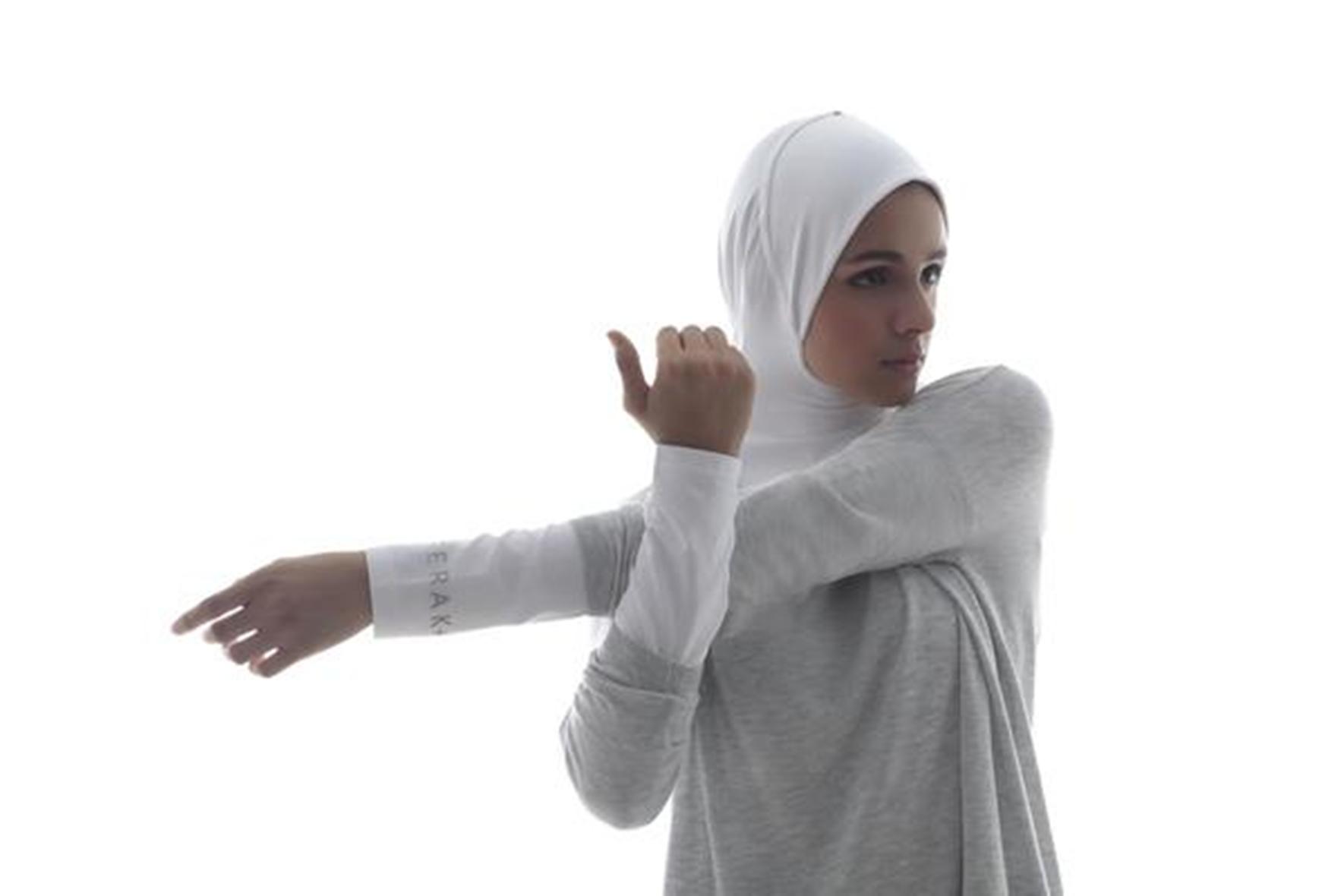 5 Rekomendasi Brand Baju Olahraga untuk Hijaber 3