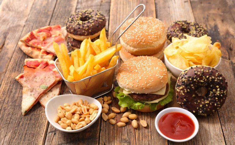 Mengkonsumsi Makanan Olahan atau Cepat Saji Bisa Menyebabkan Masalah Kesuburan Pada Pria 1