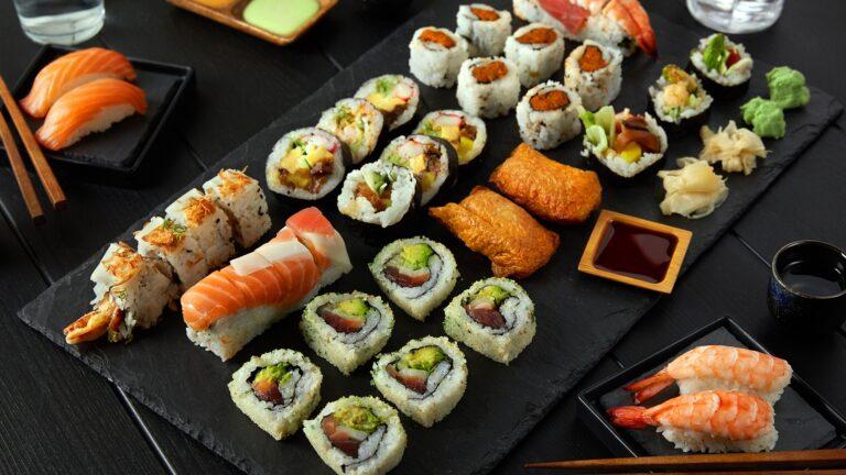 Kenali 5 Jenis Sushi Ini Agar Saat Memesannya Tidak Salah Sebut 1