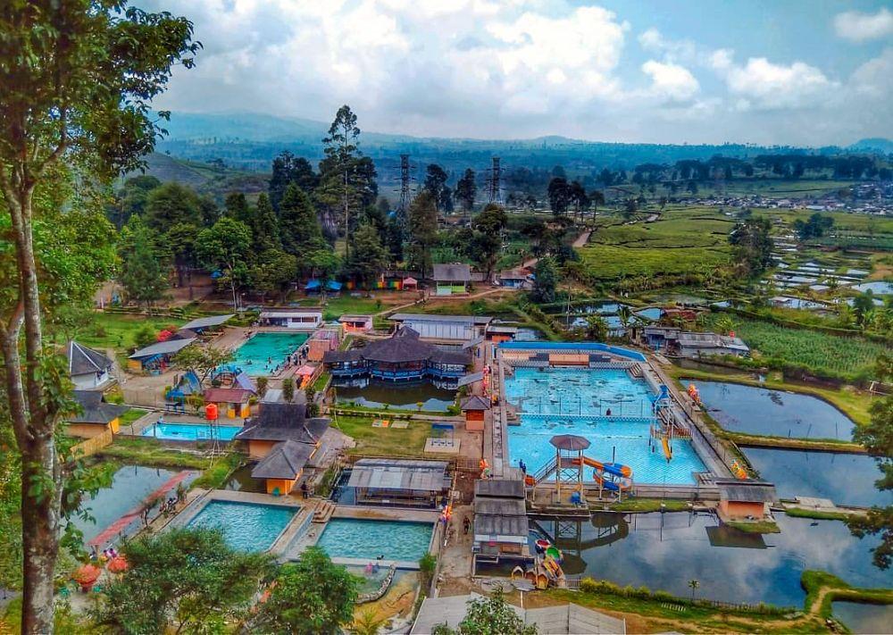 5 Rekomendasi Pemandian Air Panas di Bandung 3