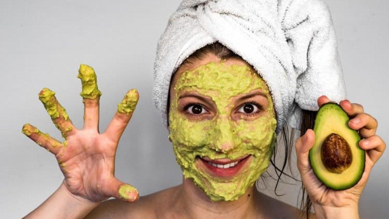 5 Masker Alami Untuk Menghaluskan & Memutihkan Wajah 3