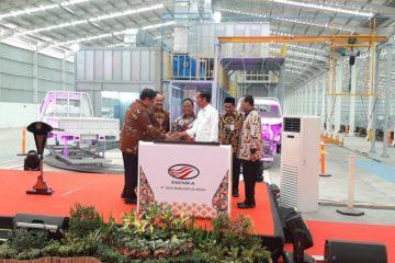 Jokowi Resmikan Pabrik Esemka, Pabrik Mobil Pertama Yang Ada di Jawa Tengah 2